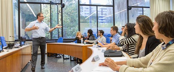 Una classe a la Facultat de Dret de la Universitat de Barcelona.