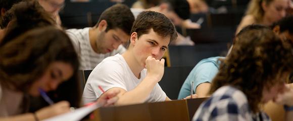 Els estudiants que es van examinar l'any passat van ser els últims que van tenir la possibilitat de fer-ho d'Història de la la Filosofia a la fase general. Foto: PERE TORDERA