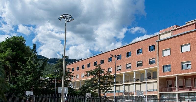 La Facultat d'Educació de la UB és la que més places del màster oferta