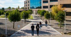 Dues sessions informatives més per conèixer els graus i cicles formatius de Gimbernat